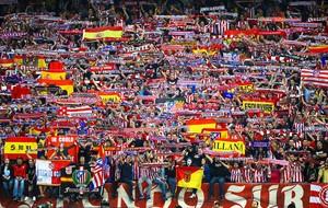 torcida Atlético de Madrid jogo Barcelona Liga dos Campeões (Foto: Getty Images)