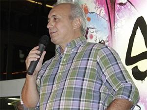 Diretor da Inter TV Fabio Braidatto no lançamento de Sangue Bom  (Foto: Valdivan Veloso)
