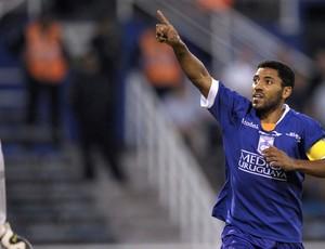 Andres Oliveira gol Defensor (Foto: AFP)