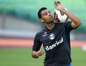 André Santos durante treinamento (Foto: Lucas Uebel/Divulgação/Grêmio)