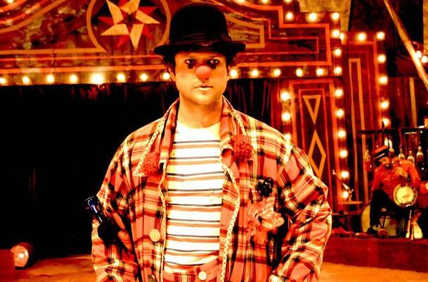 Selton Mello vive Benjamin, palhaço que decide buscar a felicidade longe do circo (Foto: Divulgação)