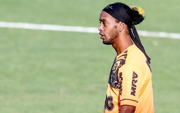 Ronaldinho Gaúcho treino Atlético-MG (Foto: Bruno Cantini / Site Oficial do Atlético-MG)