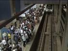 Pedaço de forro metálico cai, e Metrô interdita plataforma de estação no DF