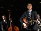 Tom Hiddleston compara papel como Hank Williams a 'escalar montanha'