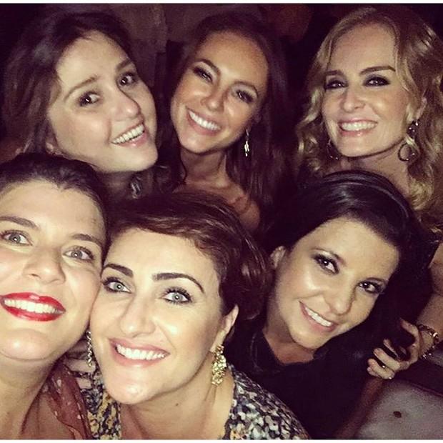 Paolla Olivera e Angélica com amigas em festa no Rio (Foto: Instagram/ Reprodução)