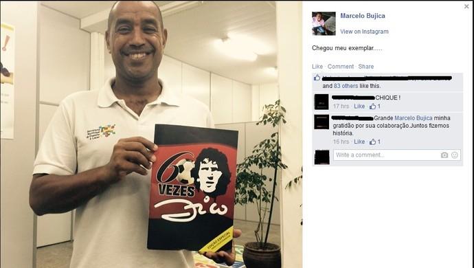 Bujica posta foto com revista especial sobre 60 anos de Zico (Foto: Reprodução/Facebook)