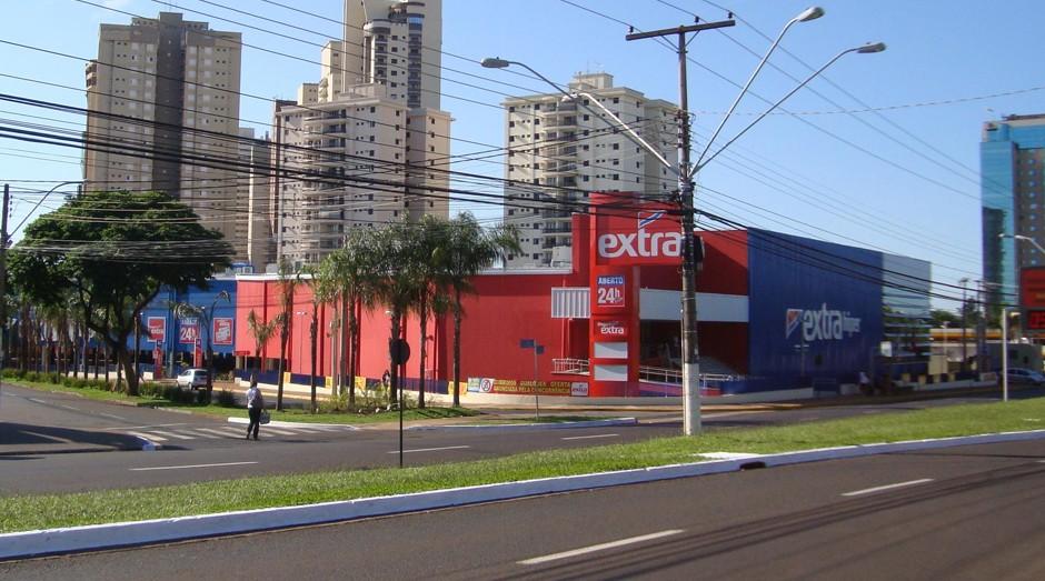 Extra: vendas de roupas acontecem nos supermercados do Grupo Pão de Açucar  (Foto: Wiki Commons)
