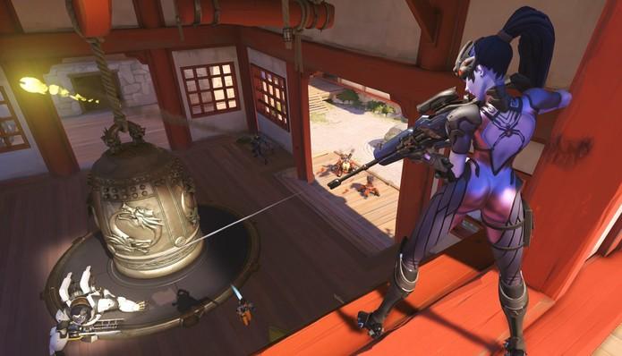 Widowmaker ataca com sua sniper (Foto: Divulgação/Blizzard)