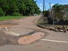 Moradores reclamam de buracos e acidentes em avenida de Porto Velho