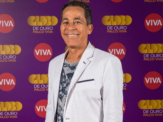 Hyldon durante as gravações do Globo de Ouro Palco VIVA (Foto: VIVA / Marcelo Tabach)