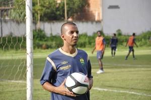 Atacante Moreno Cuiabá (Foto: Robson Boamorte)