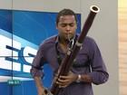 Jovem sai de favela no RJ vira músico da orquestra do ES