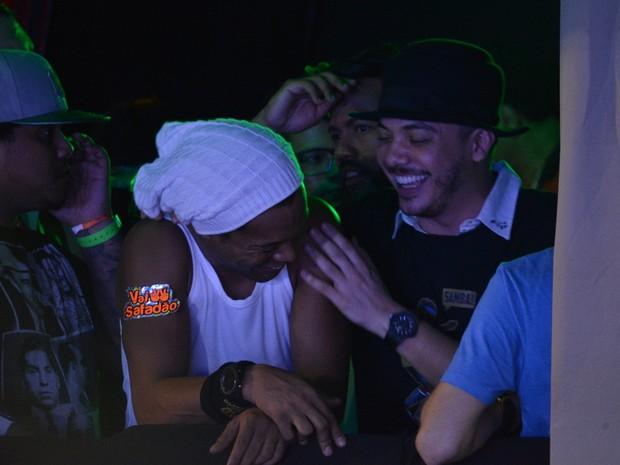 Ronaldinho Gaúcho e Wesley Safadão em micareta em Fortaleza, no Ceará (Foto: Felipe Souto Maior/ Ag. News)