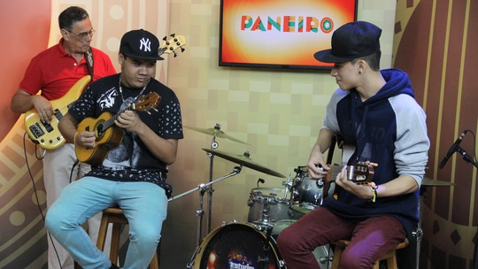 Vinícius Sete Cordas e Igor do Cavaco dão show no 'Paneiro' deste sábado (06)