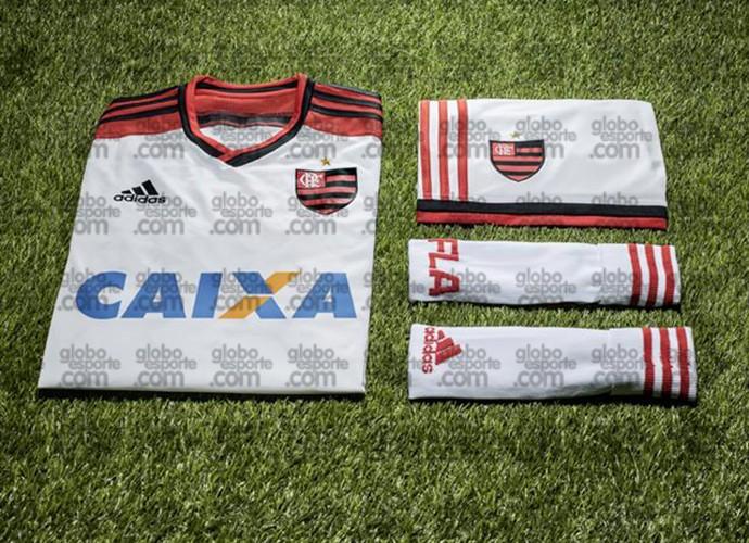 c3d09039101 Segundo uniforme do Flamengo terá escudo no lugar do CRF. Veja os ...