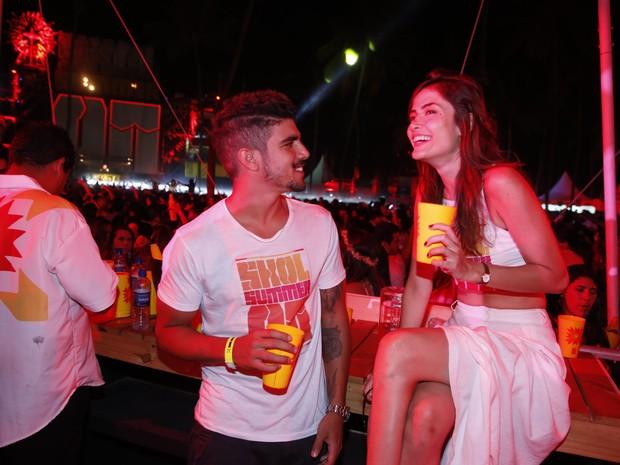 Caio Castro e Maria Casadevall em festa em festa em Porto de Galinhas, Pernambuco (Foto: Felipe Panfili/ Ag. News)