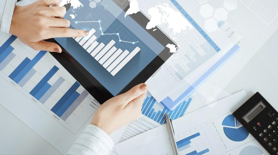 Para que empresários evitem gastos desnecessários no dia a dia da empresa, eles precisam, além de ferramentas de controle de despesas, de um contador na startup para trabalhar em paralelo à tecnologia (Foto: ThinkStock)