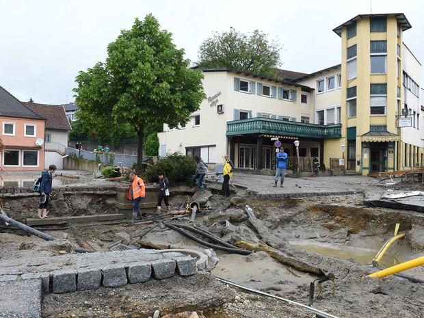 Área residencial após a chuva pesada no sul da Alemanha (Foto: Christof Stache / AFP Photo)