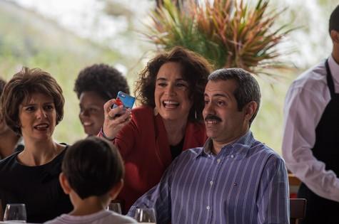 Regina Duarte grava uma participação em 'Tá no ar: a TV na TV' (Foto: Globo/ Paulo Belote)