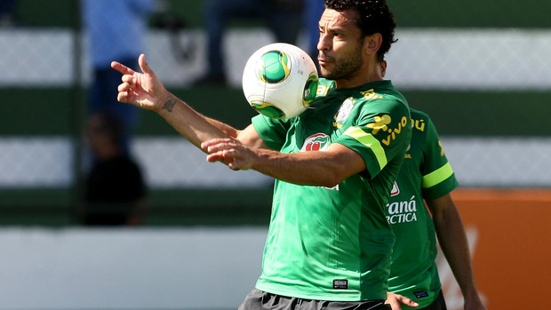 fred brasil treino (Foto: Bruno Domingos / Mowa Press)