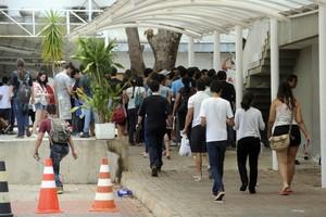 Estudantes chegam para o Enem 2012 (Foto: Wilson Dias/ABr)
