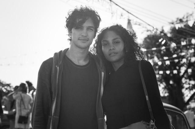 Gabriel Leone e Barbara Reis em 'Os dias eram assim' (Foto: Raphael Dias)