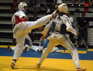 Atletas de Praia Grande ganham ouro no Brasil Open de Taekwondo (Foto: Alexandra Giulietti / Prefeitura de Praia Grande)