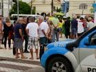 Manifestantes se reúnem em ato contra a corrupção em Petrópolis, RJ