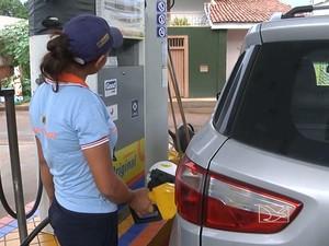 Preço da gasolina em Balsas está acima da média nacional (Foto: Reprodução/TV Mirante)