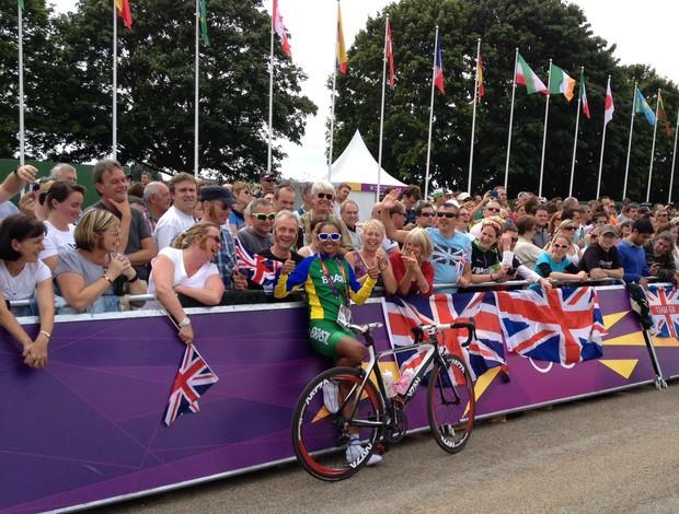Ciclista Clemilda Fernandes nos Jogos Olímpicos de Londres ciclismo (Foto: Arquivo Pessoal)