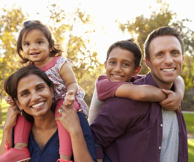 Pais amigos: uma relação construída pelos filhos (Foto: Thinkstock)
