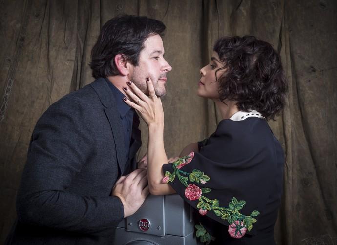 Murilo Benício e Débora Falabella vivem casal em 'Nada Será Como Antes' (Foto: Globo/Estevam Avellar)