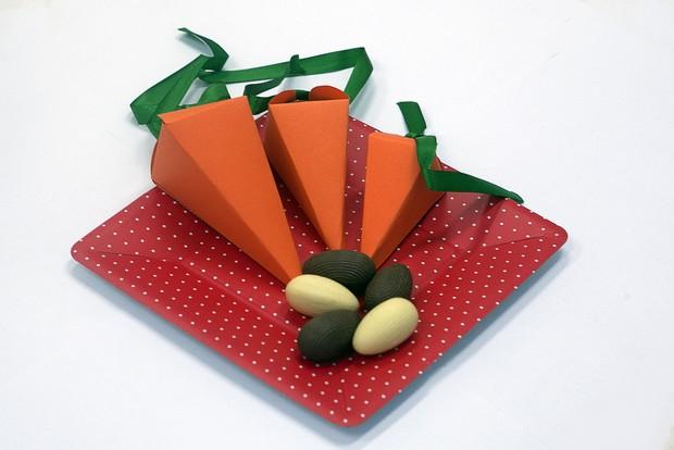 Cenouras para pôr chocolates (Foto: Anderson Barros/ EGO)