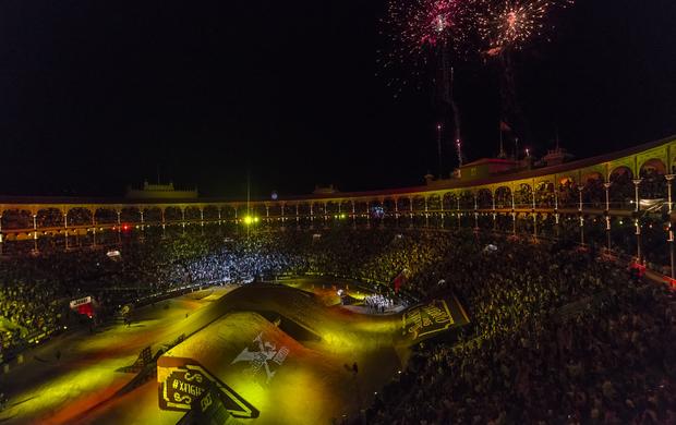 BLOG: Motocross Estilo Livre - Novilleros, a chance para competir no X-Fighters - artigo de José Gaspar