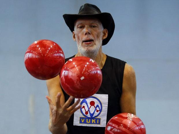 O artista participou de um festival de talentos impossiveis em Budaors, perto de Budapeste  (Foto: Reuters)