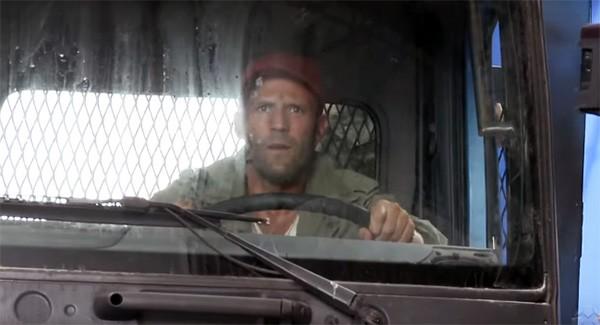 Jason Statham em Os Mercenários 3 (Foto: Reprodução)