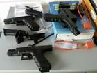 Armas austríacas são apreendidas com mulher de 19 anos em rodovia