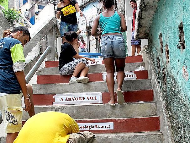 Escadaria Flupp Universidade das Quebradas (Foto: Divulgação)