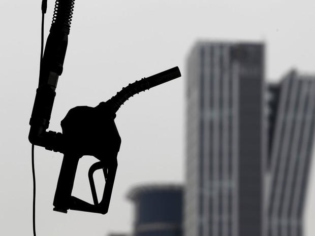 Queda nos preços do petróleo inviabiliza projetos do pré-sal (Foto:  REUTERS/Lee Jae-Won/Files)