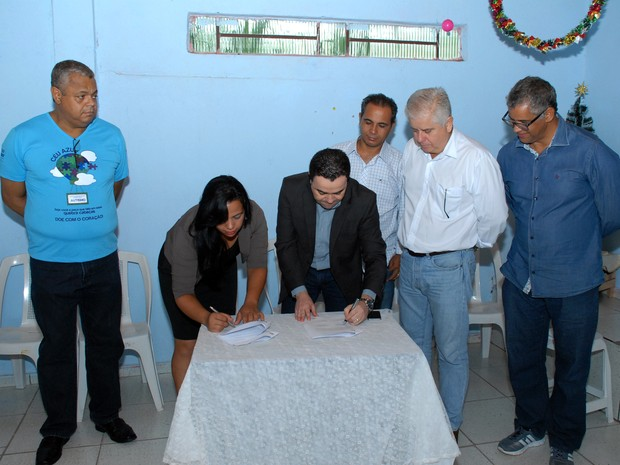 Terreno foi cedido pela Prefeitura de Divinópolis nesta quarta-feira (30) (Foto: Juliano Vilela/PMD)