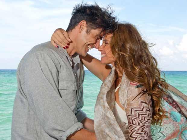 Giovanna Antonelli e Reynaldo Gianecchini em 'S.O.S Mulheres ao mar 2' (Foto: Divulgação)