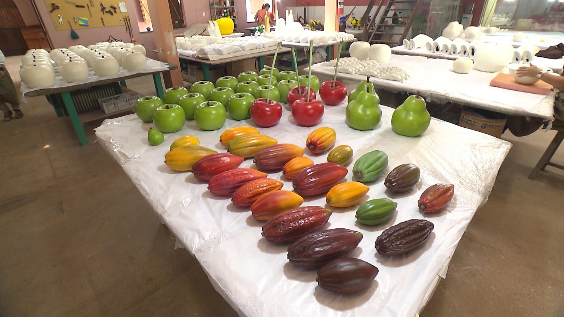 As frutas são a primeira coleção de um catálogo de cerâmicas variadas (Foto: Divulgação)