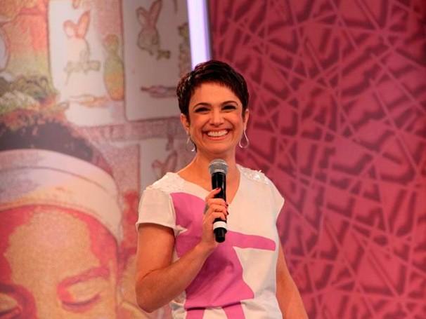 Sandra Annenberg vplta a comandar o Mesão da Esperança neste domingo (Foto: Globo)