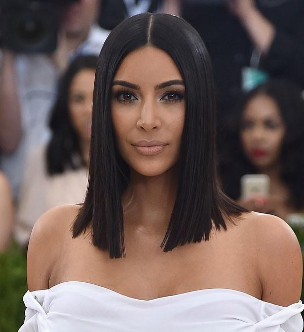 Kim Kardashian aderiu ao corte bold bob em 2017 (Foto: Getty Images)