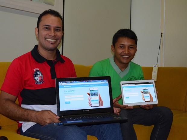 Taissir Wilkerson Carvalho e Maickson Boim são os idealizadores do aplicativo (Foto: Karla Lima/G1)