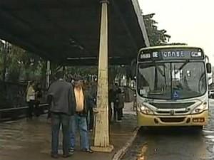 Redução no valor da passagem em Cambé passou a valer nesta sexta-feira (21) (Foto: Reprodução/RPC TV)