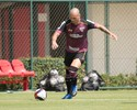 Maicon treina no São Paulo, Wesley evolui e Rodrigo Caio fica no Reffis