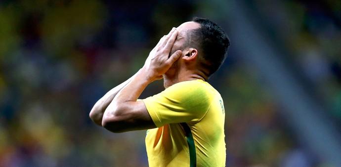Renato Augusto, Brasil X Iraque (Foto: Agência Reuters)