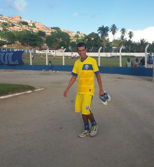 de volta  ao batente (Augusto Oliveira / GloboEsporte.com)