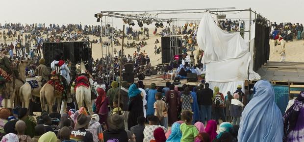 Palco do Festival do Deserto, em Timbuktu, no Mali, em janeiro de 2012 (Foto: Alfred Weidinger)
